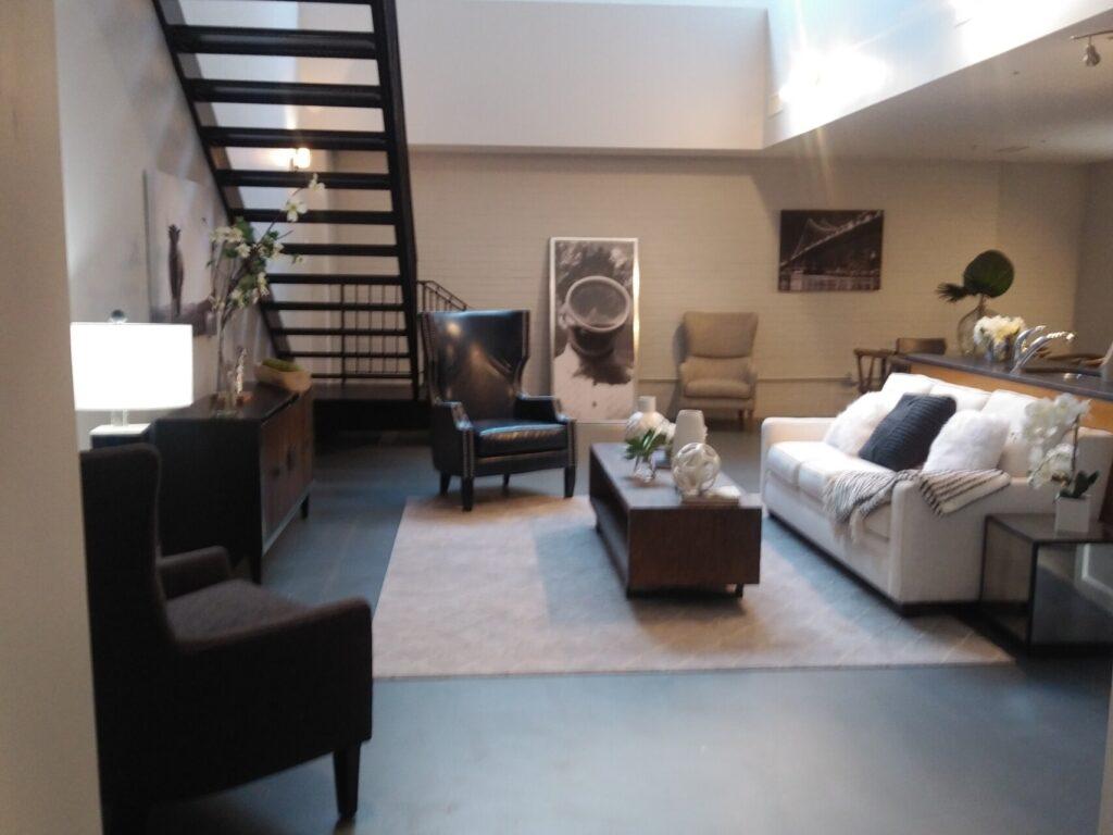 10 Living Room After