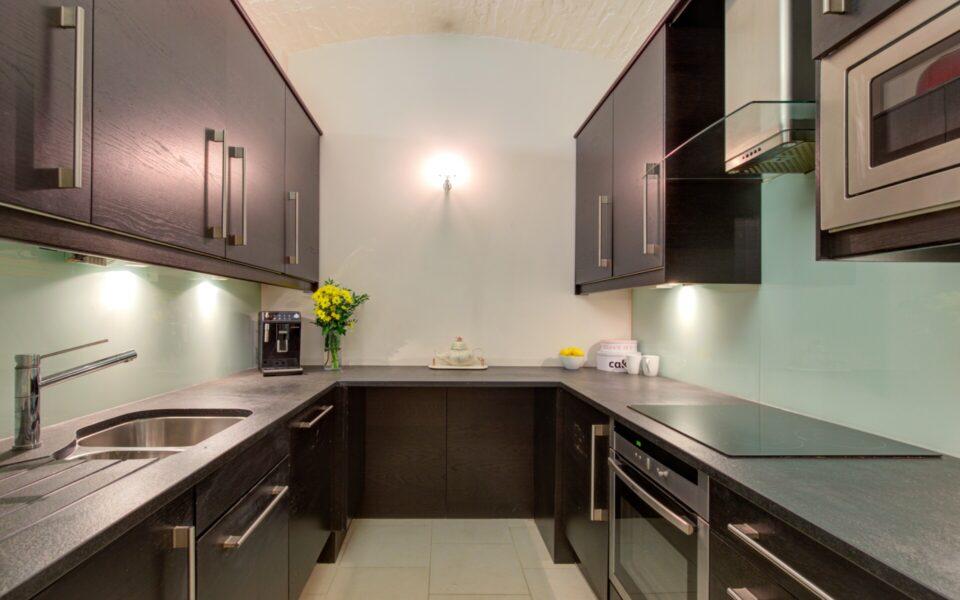 Kitchen in 2 bed flat near kensington