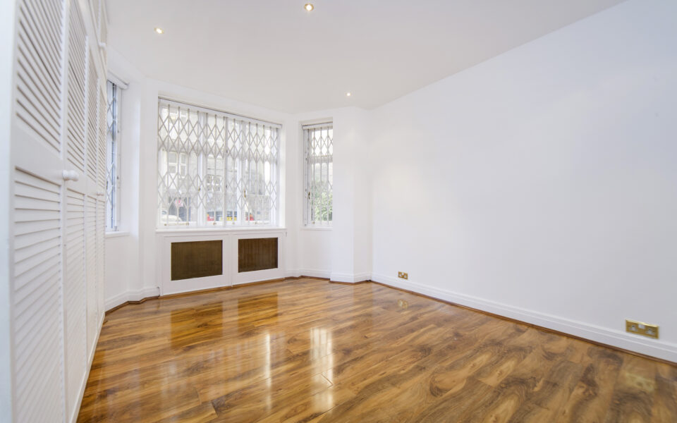 Cunningham court flat to let in Maida Vale - bedroom 1