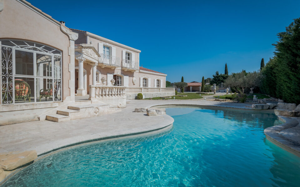 Property in Molleges for sale